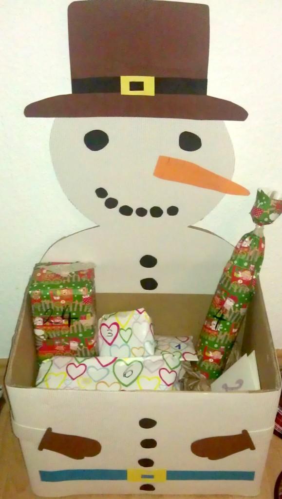 Schneemann aus Pappe basteln